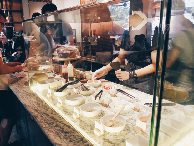 costs to open cafe in Singapore